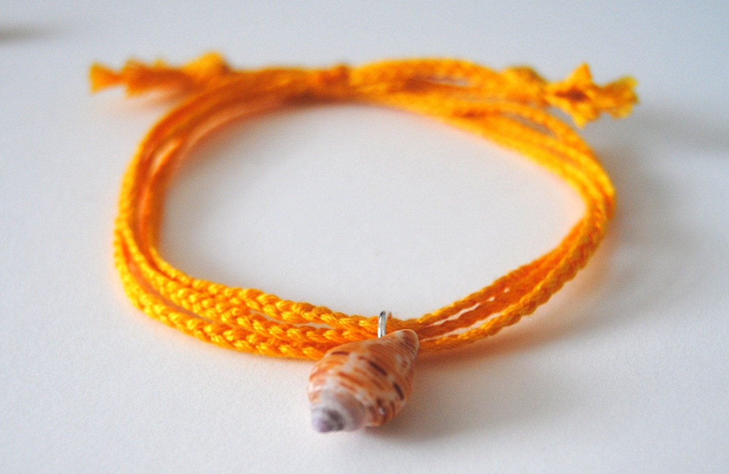 Yellow seashell bracelet - MilLunares