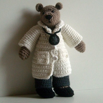 PDF Crochet Pattern - Doctor Clothes to Wilma Doll and Tilda Bear