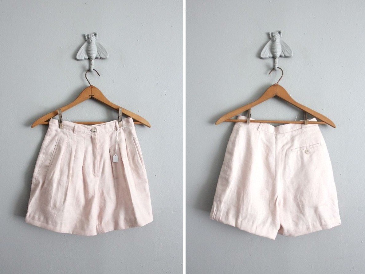 1980s vintage pale pink linen shorts