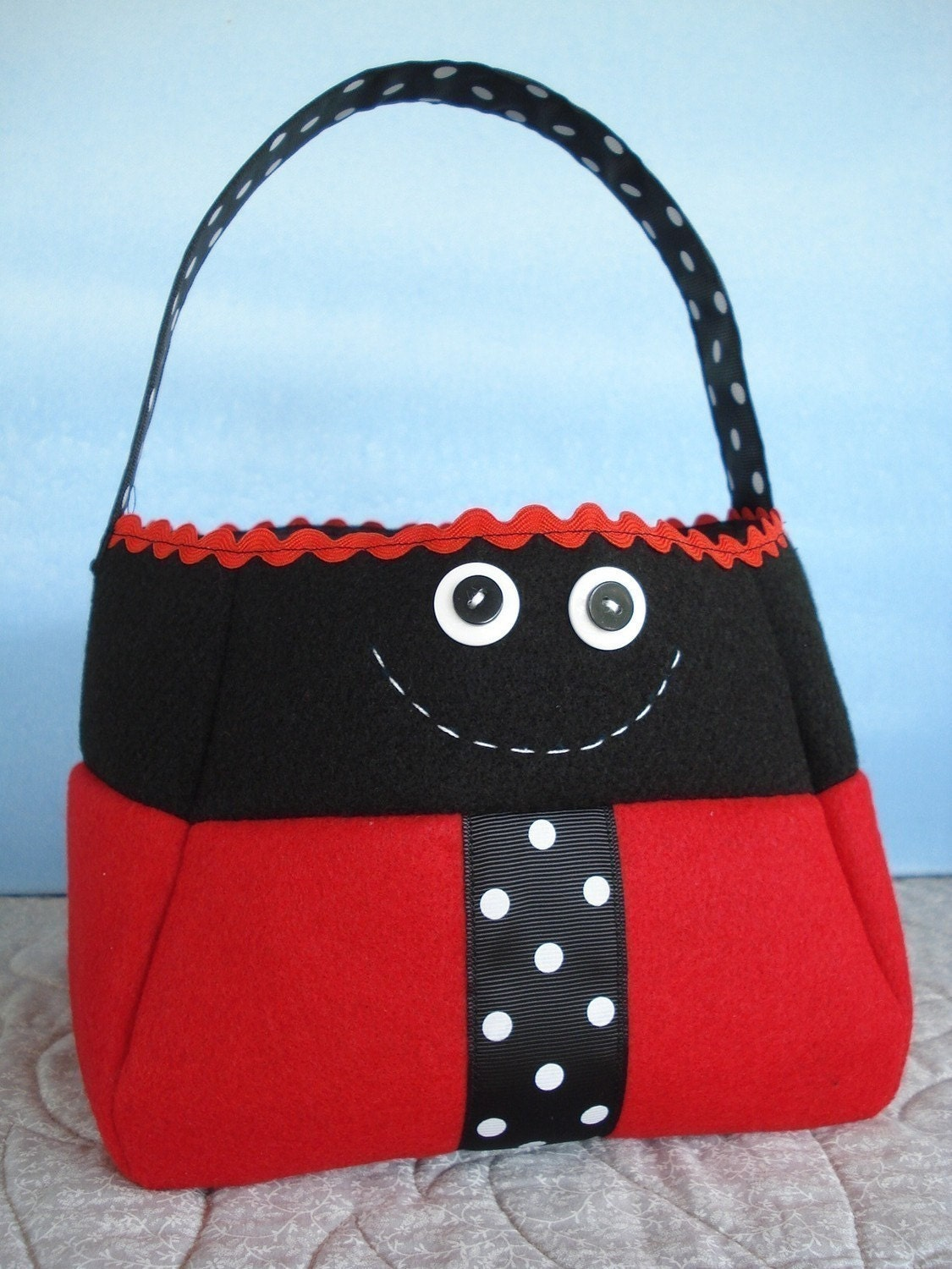 SALE - PDF ePATTERN for Bumble Bee and Ladybug Treat Bags