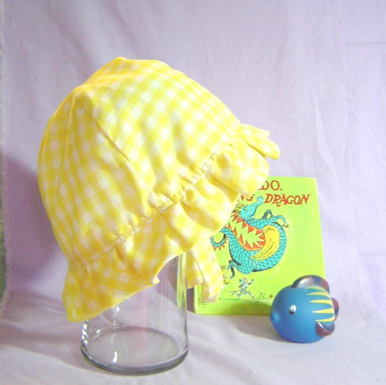 Sun hat childs yellow gingham cotton fully lined and reversible - AccessoriesByKelli