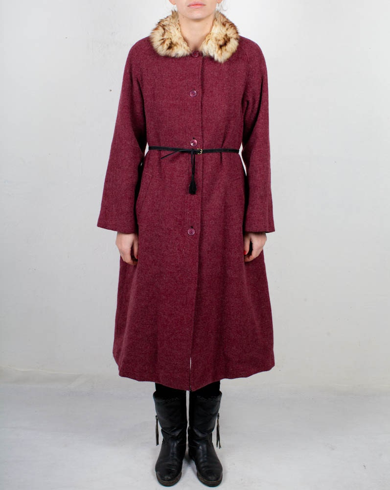 20% SALE Vintage wool brick red long coat size small medium - PastPerfectContinues