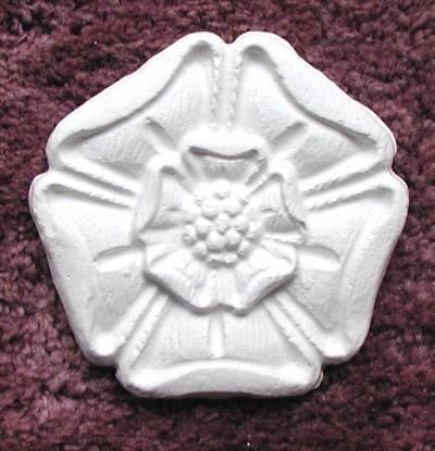 Classic rosette plaster mold craft mold by elegantstencils for Concrete craft molds