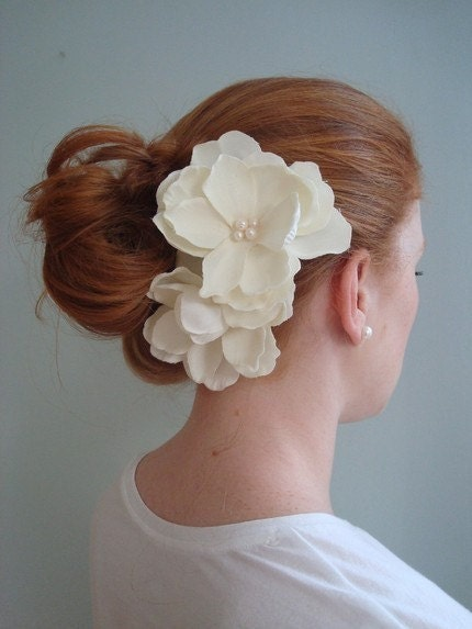 Anna-Double Ivory Flowers