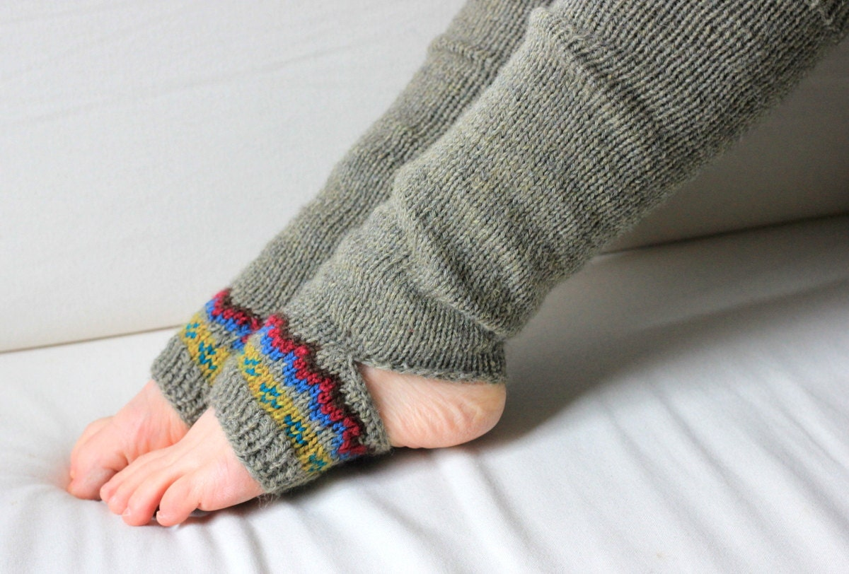 Knitting Patterns For Yoga : Knitting Pattern Horizon Yoga Sock by CedarBoxKnits on Etsy
