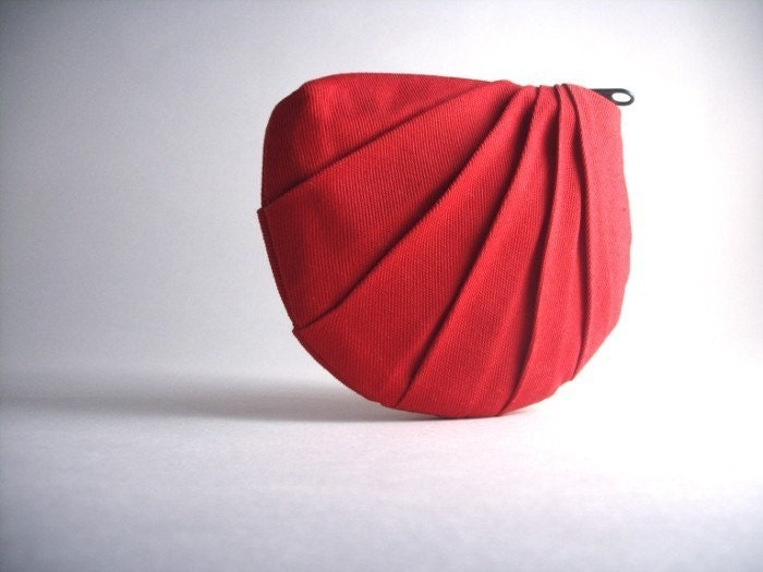 The Petal Coin Purse in candy apple red