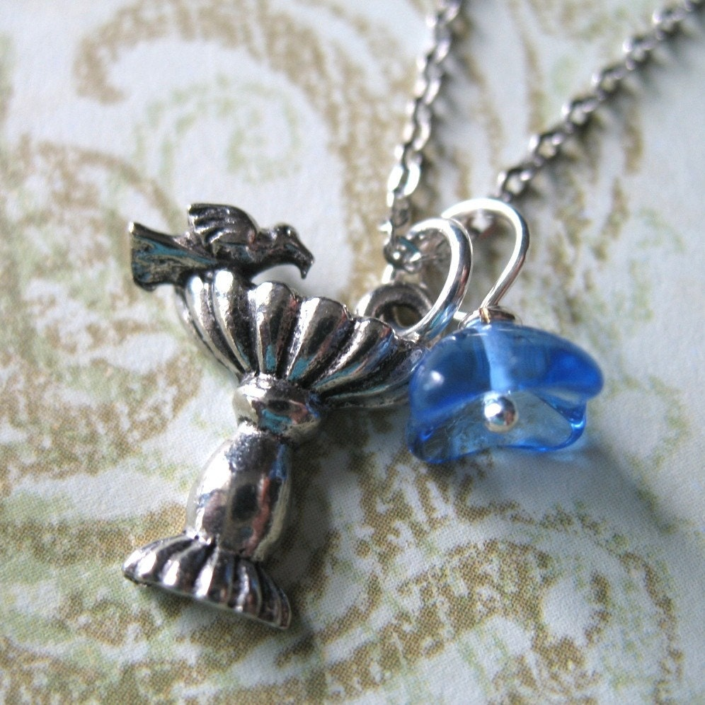 Sweet Birdbath Charm Necklace.
