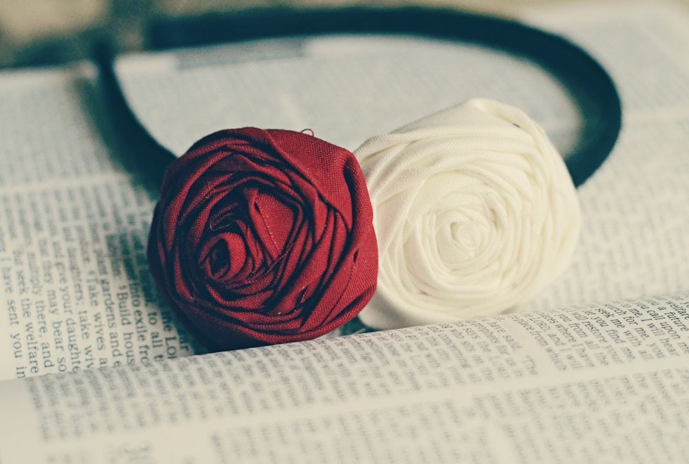 Double Rosette Headband-Red and White