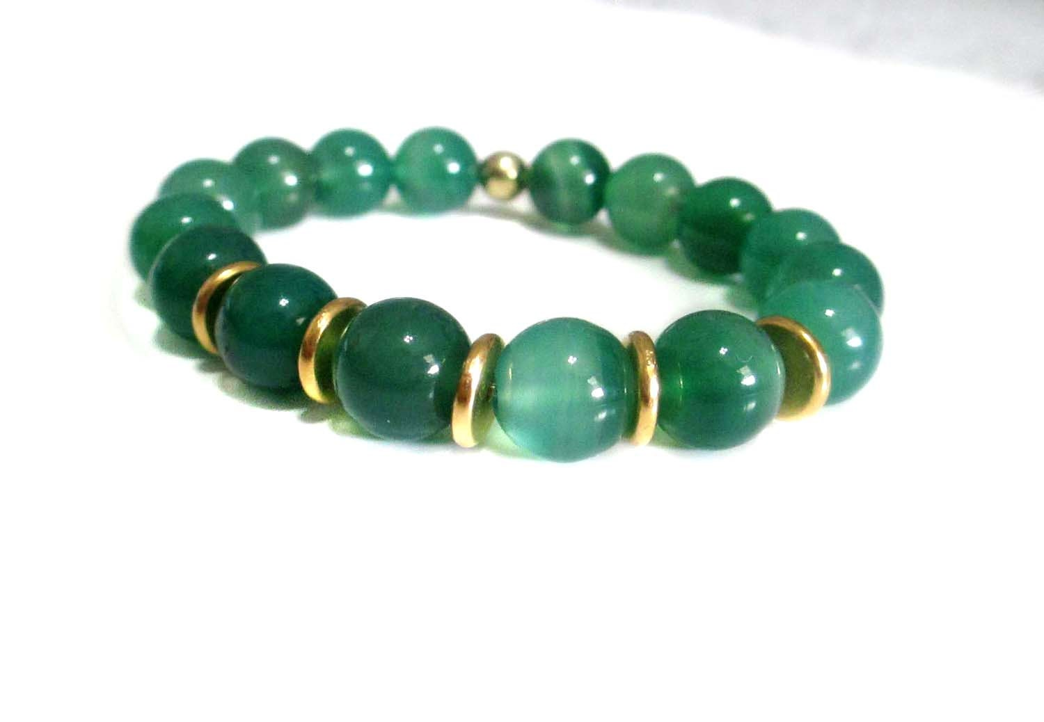 Beautiful Emerald Green and Gold Accented Gemstone Modern Fashion Beaded Stretch Bracelet - RocandRig