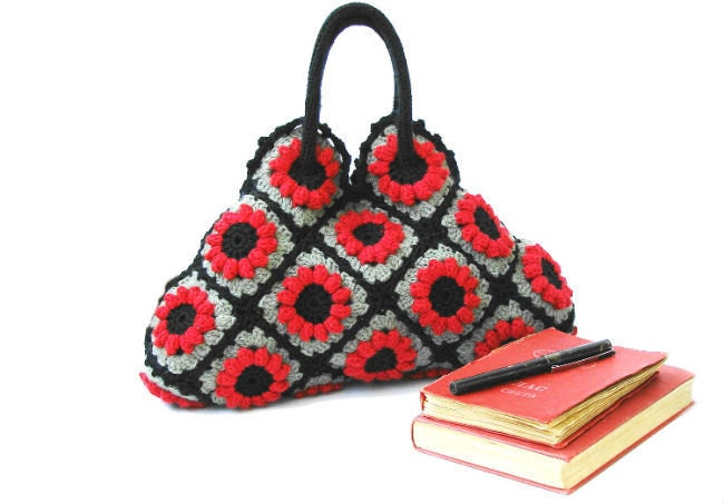 Crochet afghan handbag in red flowers, crochet bag, shoulder bag, purse