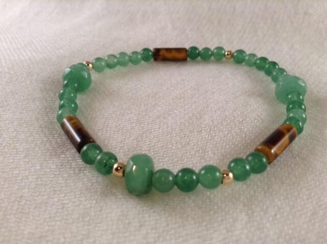 Fern - Green Aventurine gemstone stretch bracelet, delicate look.  FREE SHIPPING - SundariJewelry