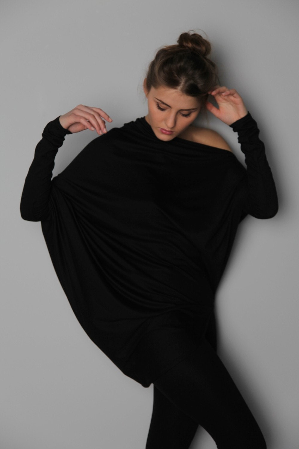 Long-sleeved Black Muse blouse