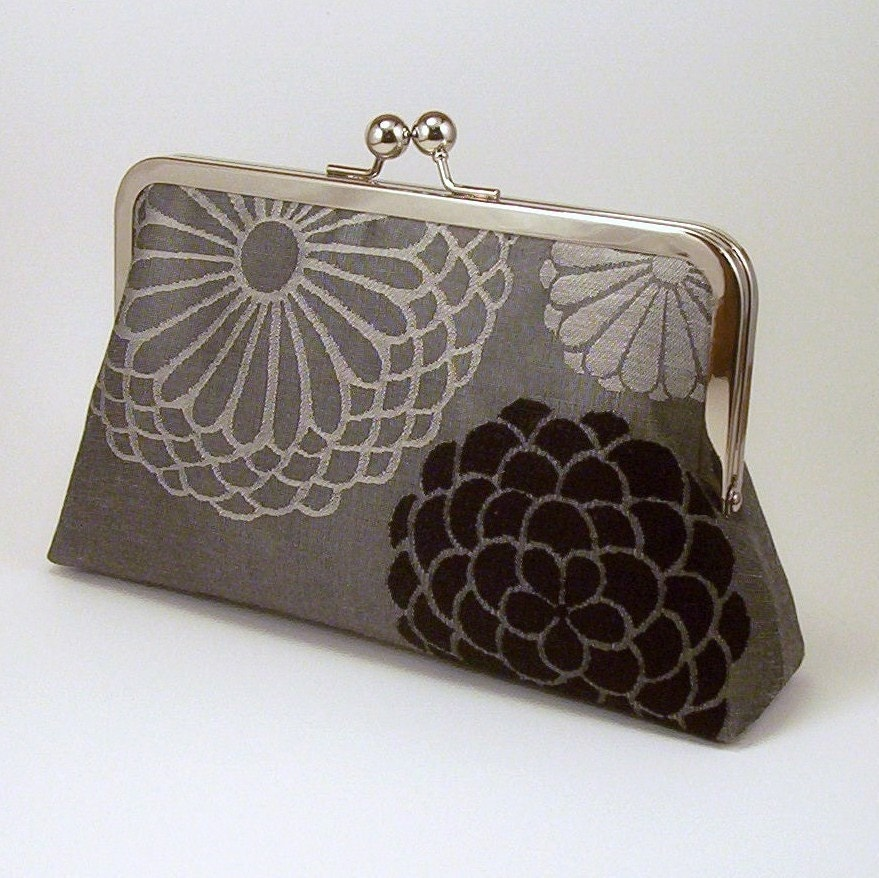 Black and Grey Petals - Silk-lined Clutch