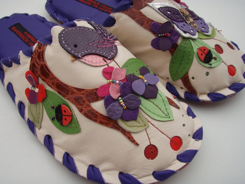 Karmen Sega handmade leather slippers - Cherry tree birdie and bees in Large