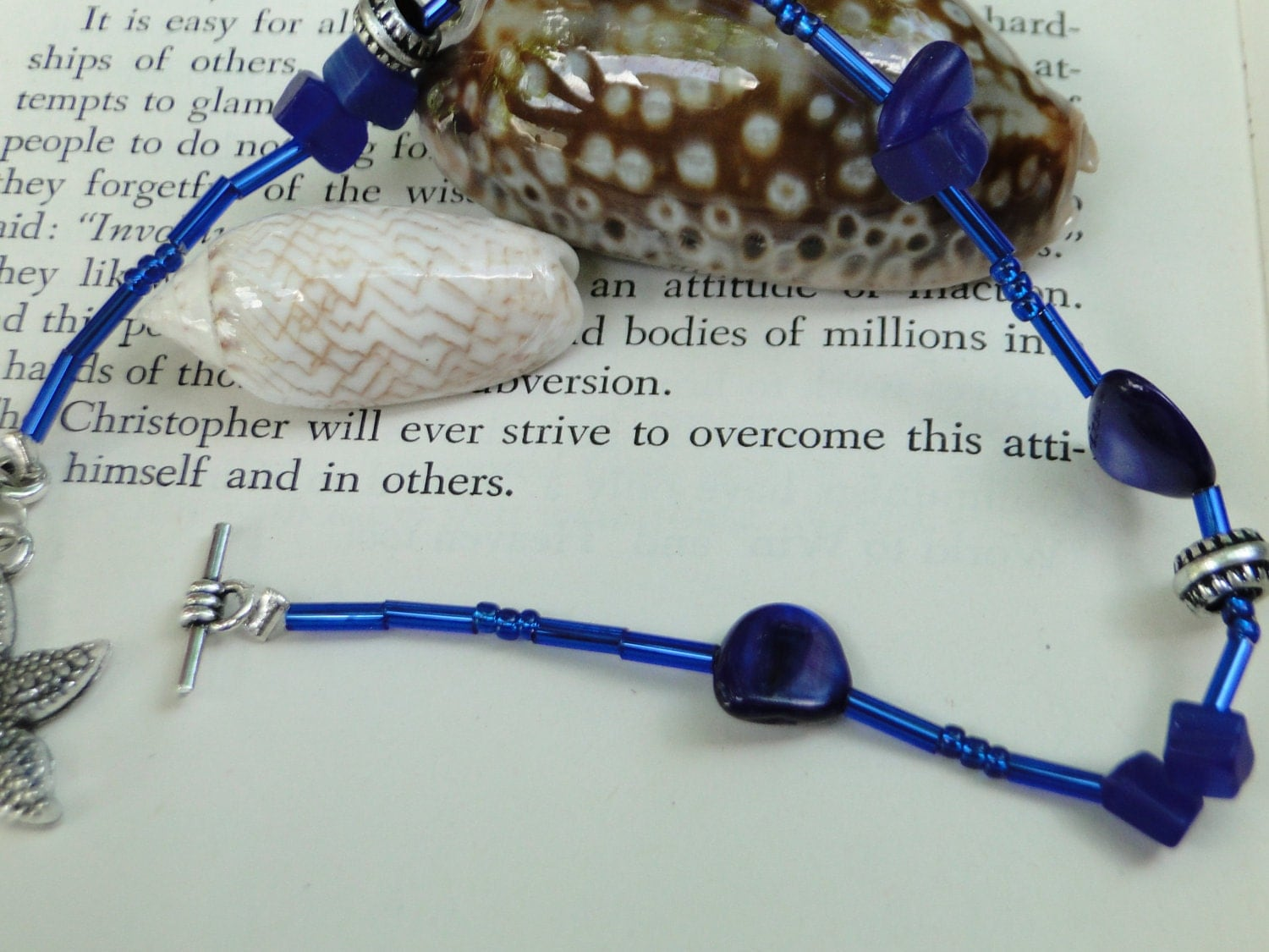 Jamaican Blue Waters Starfish Bracelet - Bright Blue Beaded Bracelet - 8 inch Blue Beaded Bracelet