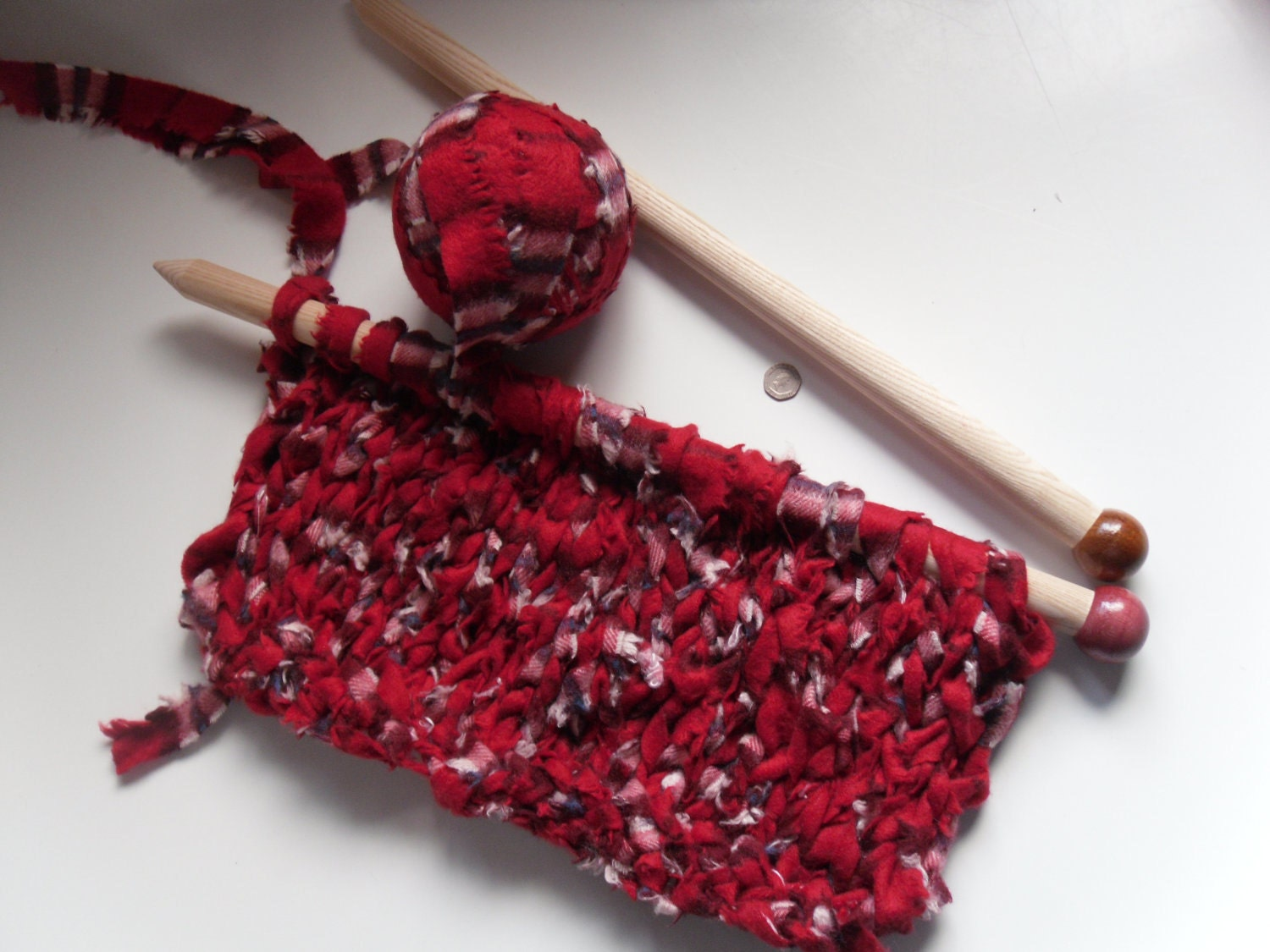 Big Recycled Red Chunky Cashmere knitted on BIG needles. What am I going to be