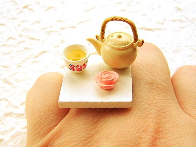 Tea Ring Green Tea Chocolate Rose Food