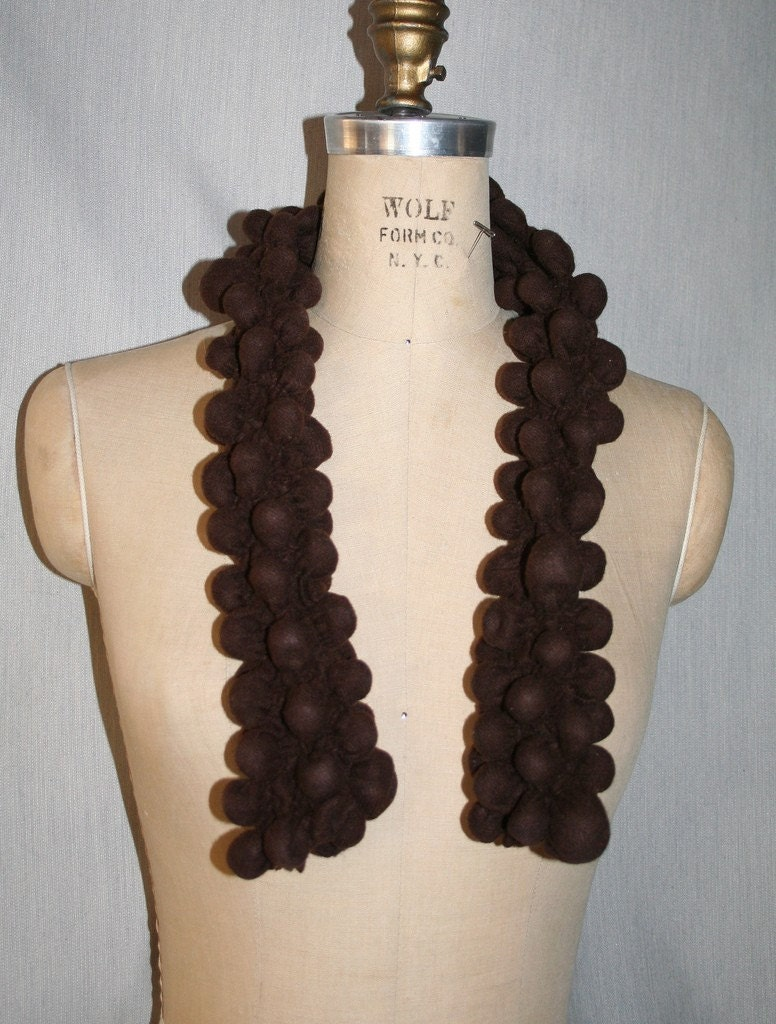 Bubble Scarf in Chocolate Brown