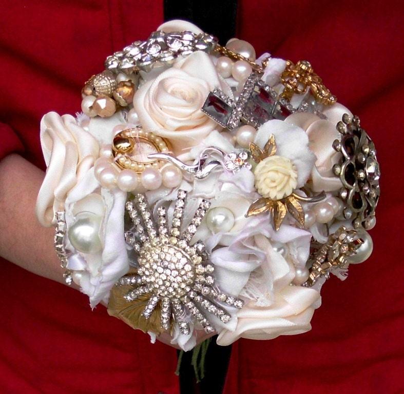 Brooch Wedding Bouquet, Vintage, Bridal, Cinderella, Ivory,  White, Silver, Gold, Rhinestones, pearls Fabric Flower Bouquet, weddings