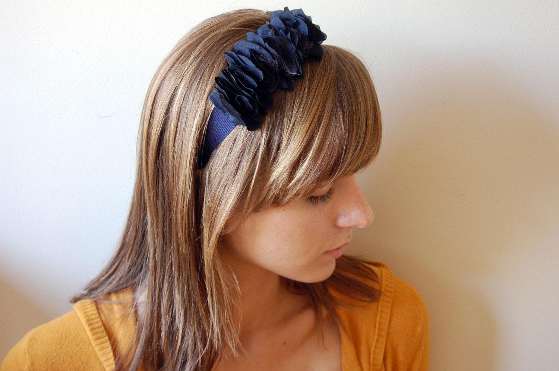 Ruffles headband, in navy