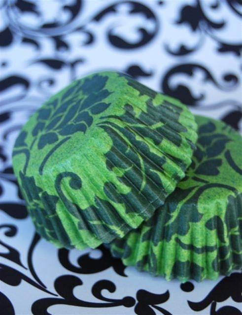 MINI Elenor Green Floral Designer Cupcake LIners (40)
