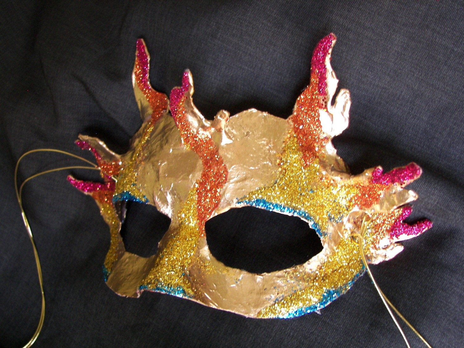 Apollo Mask in Shimmering Gold with Glitter Accents