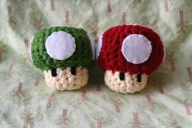 il 170x135.215192061 Etsy Crochet Treasury: Video Games!