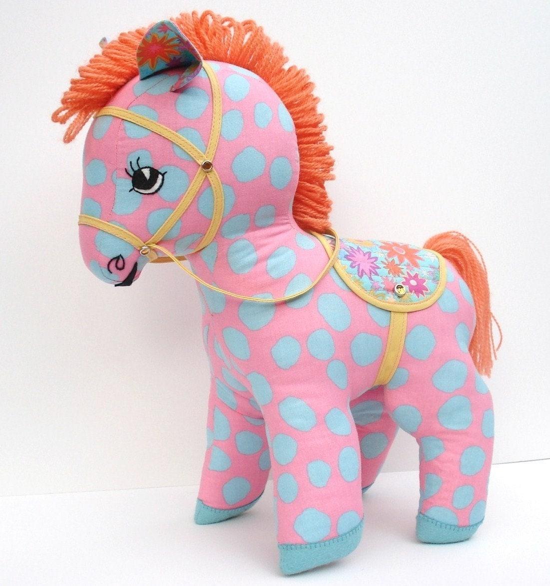 Маленькая лошадка своими руками