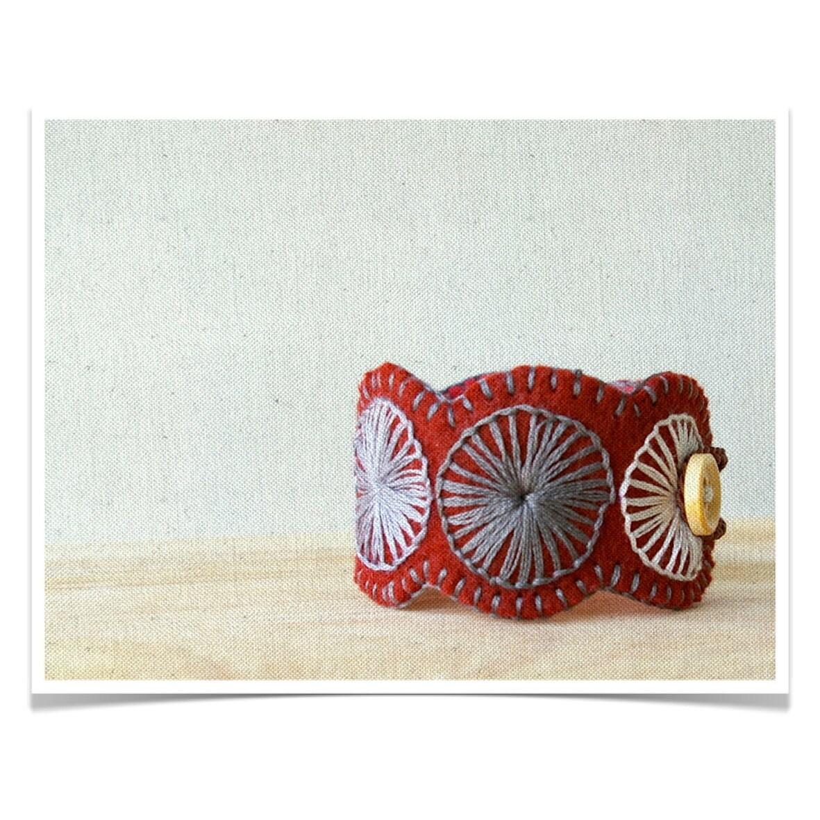 Wool Felt Bracelet Wristband Cuff // Hand Embroidered // Burgundy // LoftFullOfGoodies - LoftFullOfGoodies
