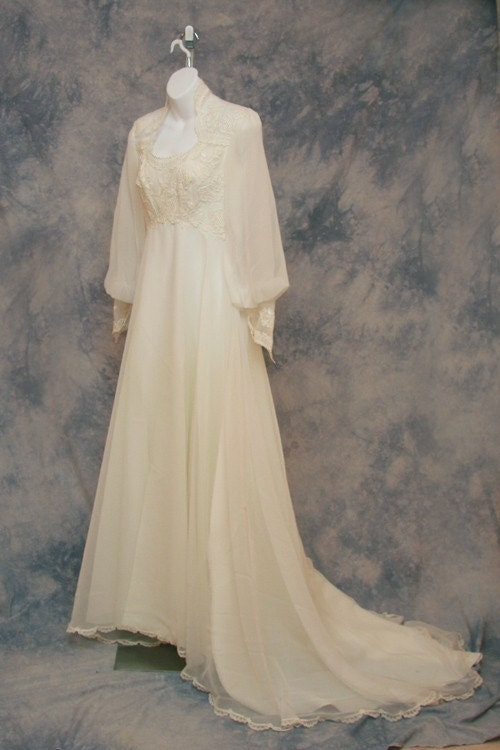 Robe de mari e vintage ann e 70 for Robes de mariage de betsey johnson