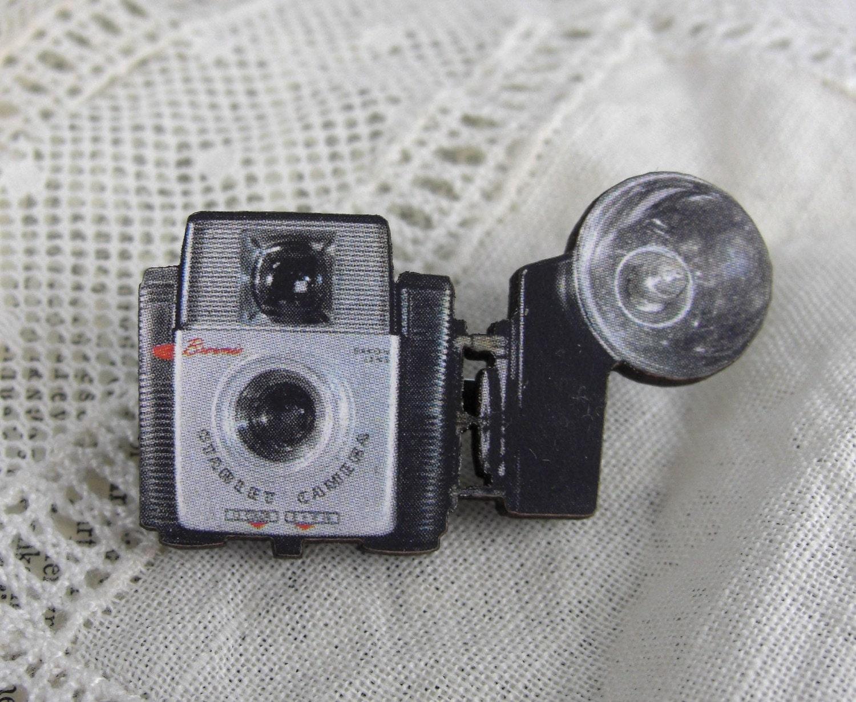 Starlet Camera Pin