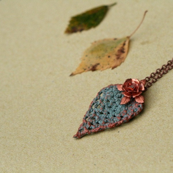 FREE SHIPPING - Like a leaf - necklace with crocheted leaf motif