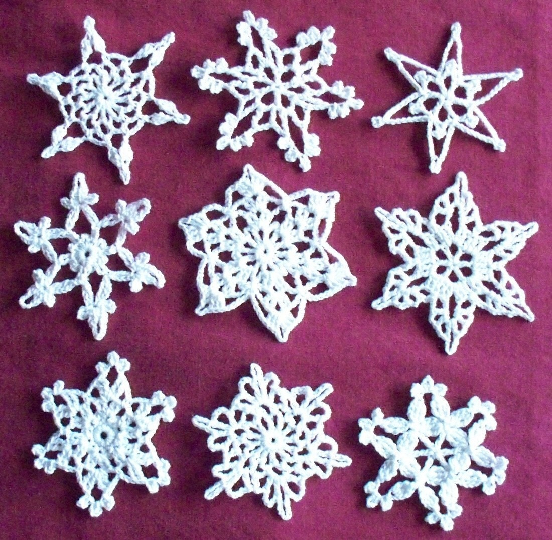 Crochet Snowflake Patterns Free Easy : CROCHET SNOWFLAKE PATTERNS Patterns