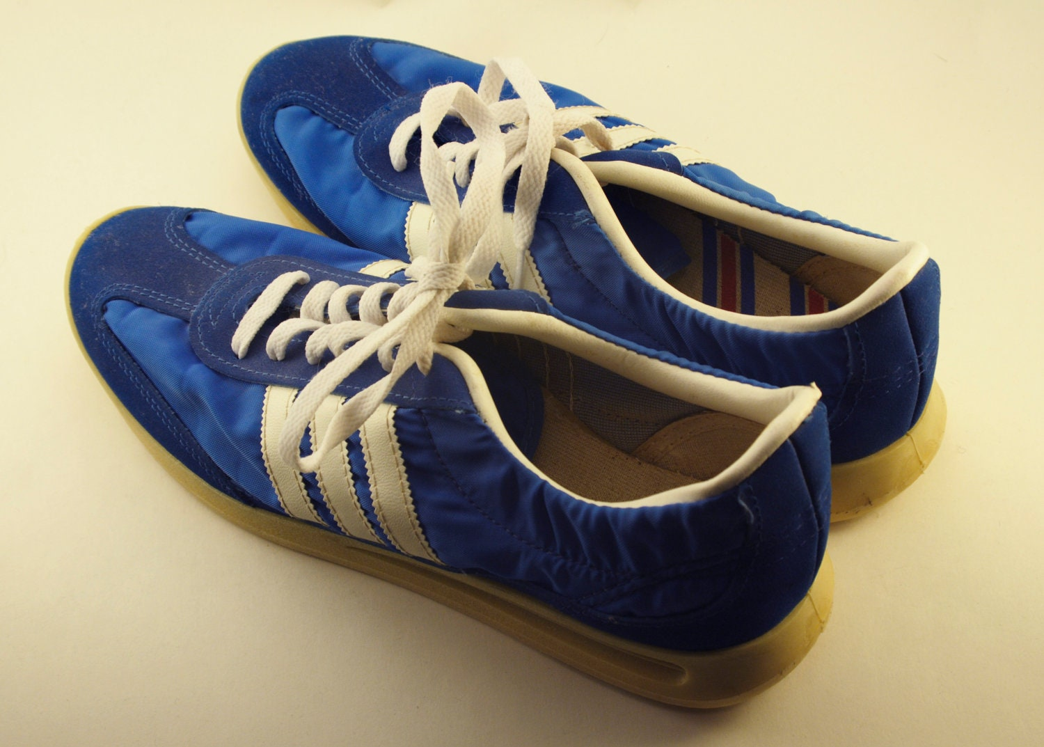 70 S Pro Stripe Tennis Shoes Running Shoes Un Worn By