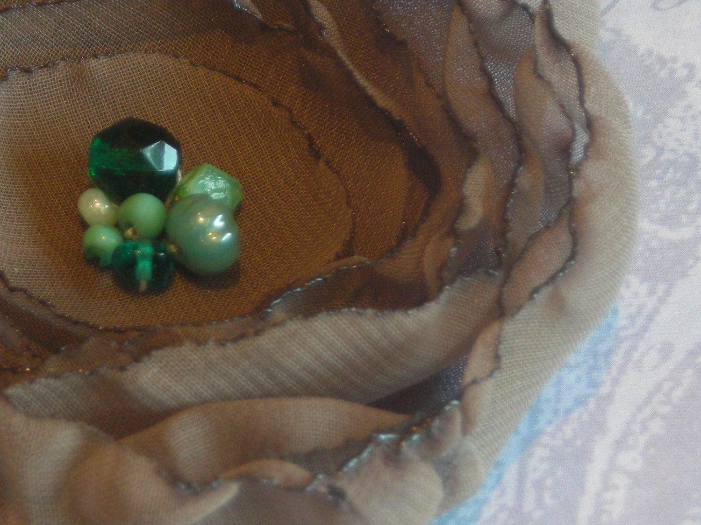 Mocha chiffon flower brooch