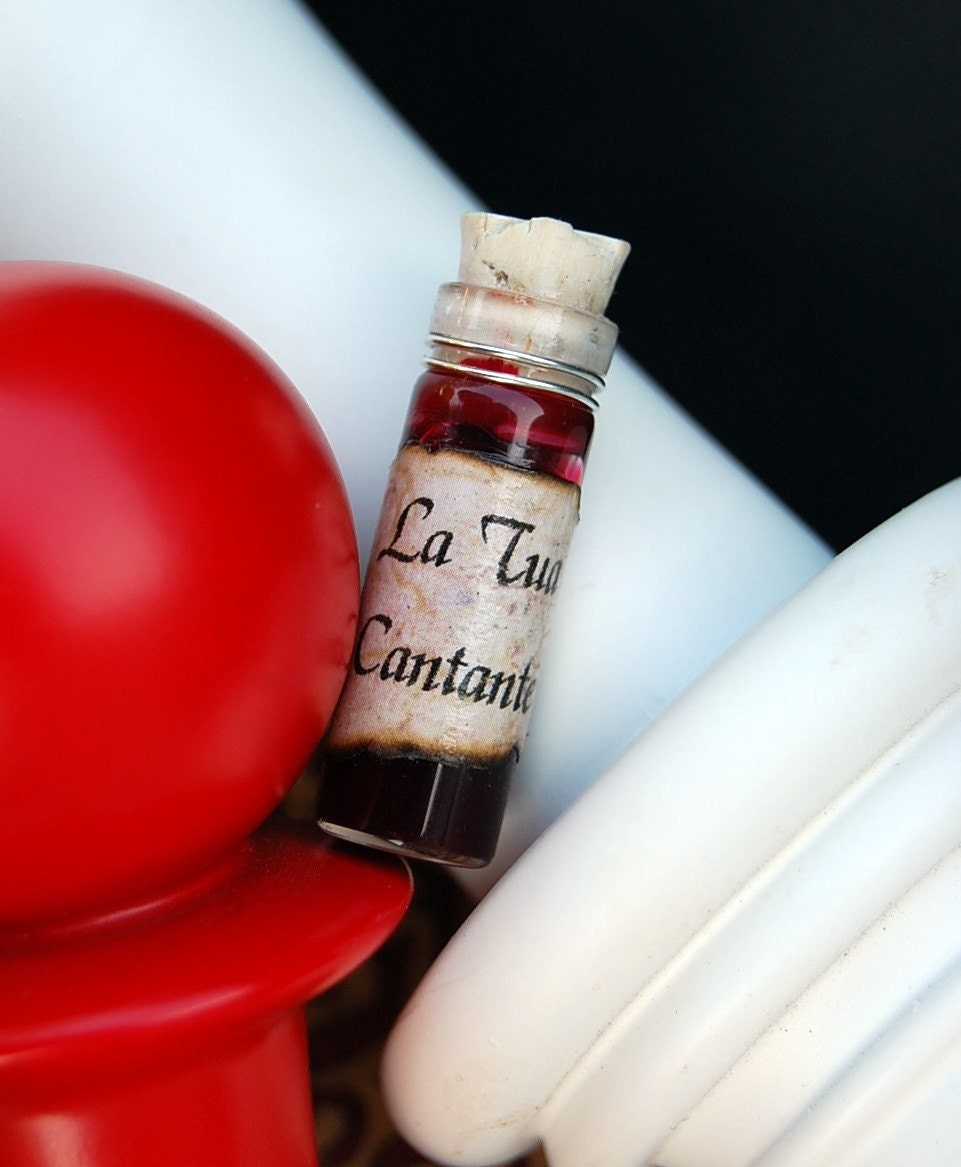 La Tua Cantante - Blood Vial Necklace - by TwilighterVA