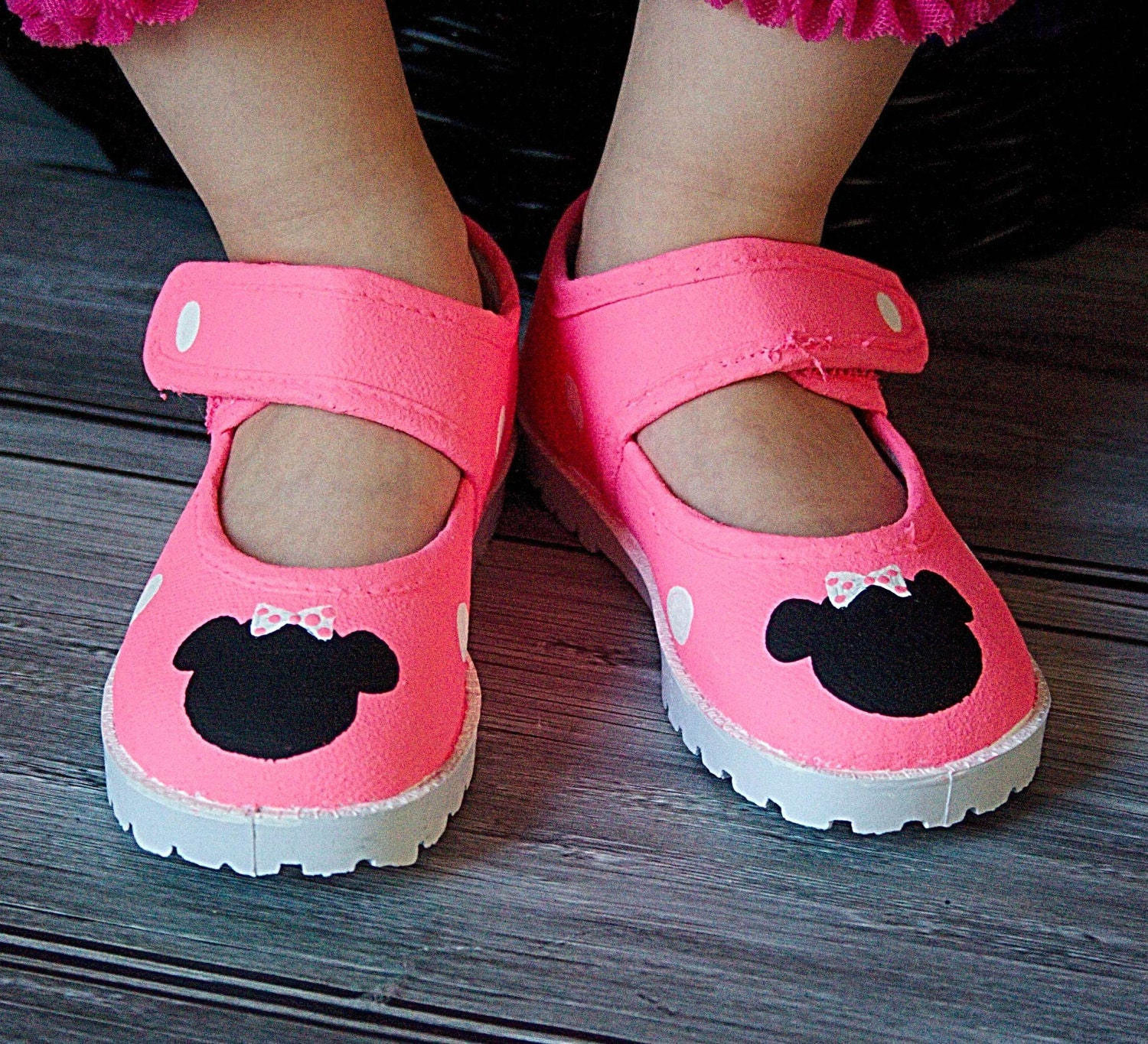 items similar to pink minnie mouse shoes bright pink