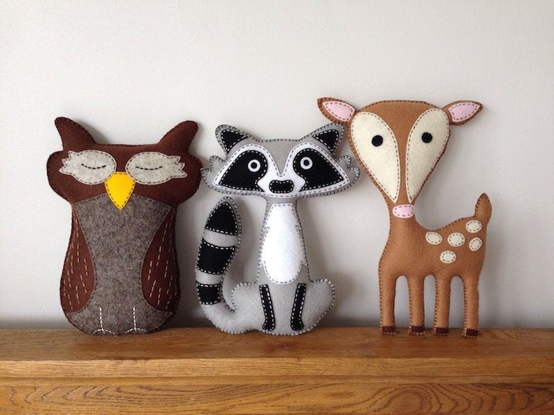 Raccoon Owl Deer Woodland Felt Plushie Animals Felt Toys Stuffed Toys Baby Shower Nursery Bedroom Decor