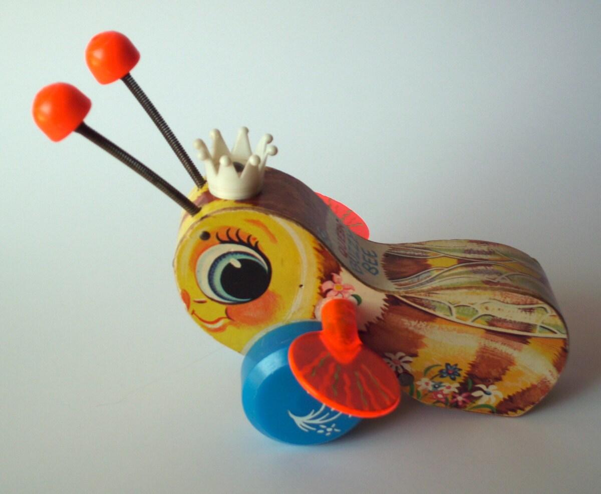Fisher Price Queen Buzzy Bee - PoorLittleRobin