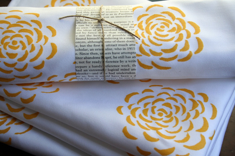 Merry Marigold Cloth Napkin Set