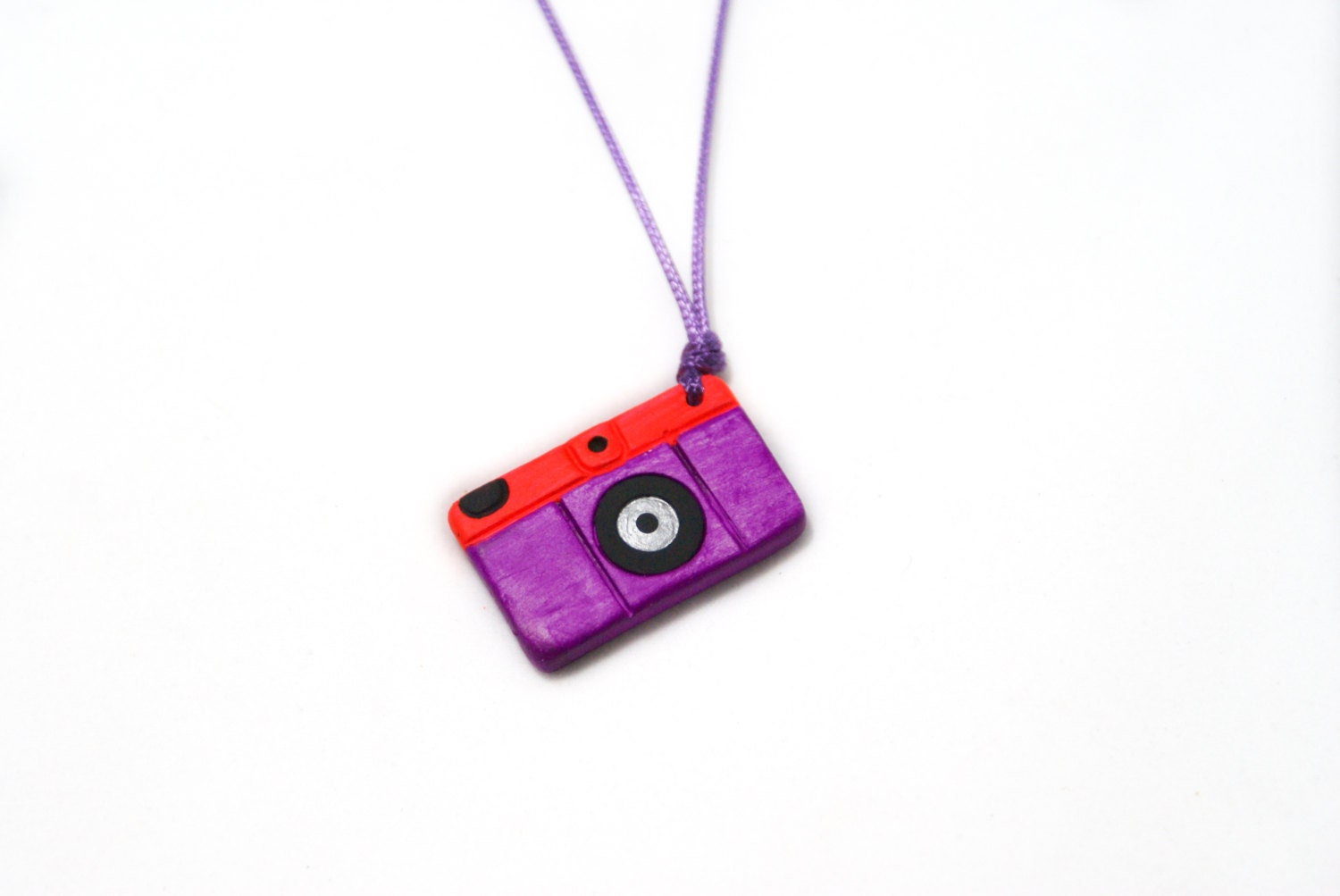 Camera Necklace Neon Purple And Red - SandyArtesanias