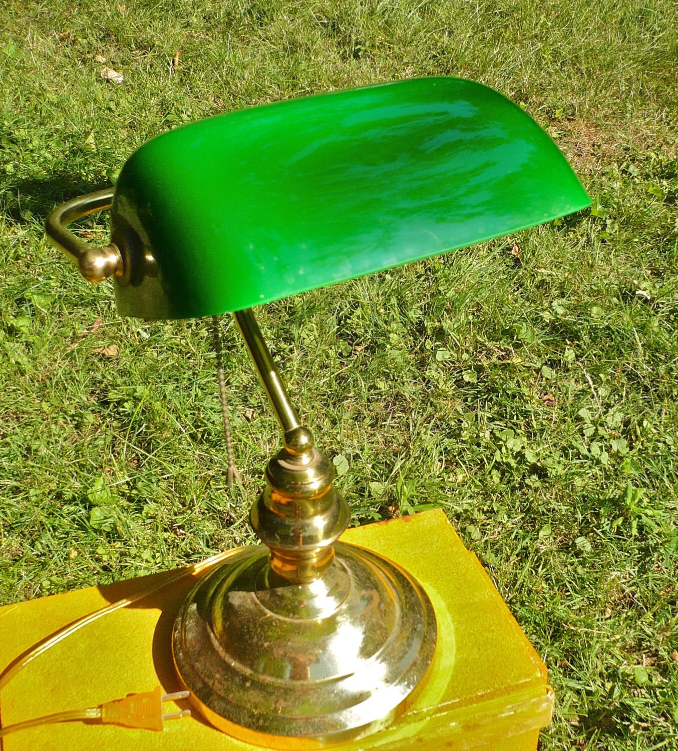 Deluxe banker desk lamp idea features polished brass shine great base stand