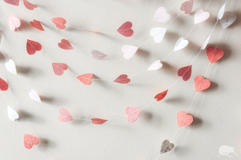 Valentine Garland, Paper Garland, 100% RECYCLED HANDMADE PAPER, Baby shower, Girl, Shades of Pink Heart Bunting