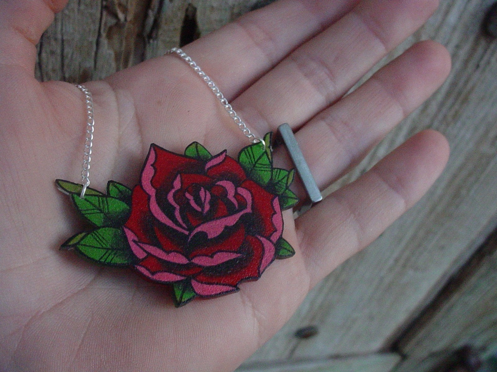 big vintage tattoo style red and pink rose necklace
