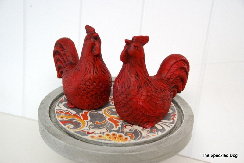 Set of 2 French Country Cottage Rooster Figurines in Red by speckleddog on Etsy
