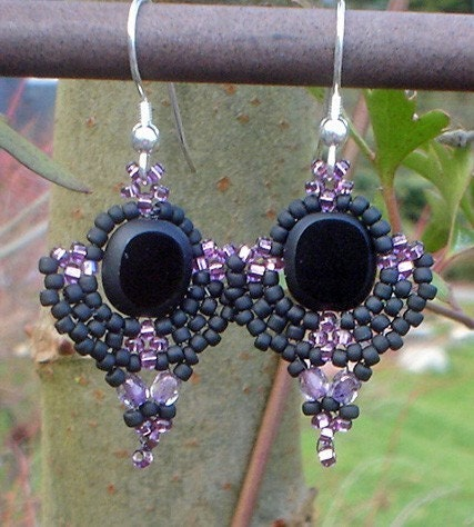 Fleurs Nocturnes - Black and Purple Glass Bead Earrings
