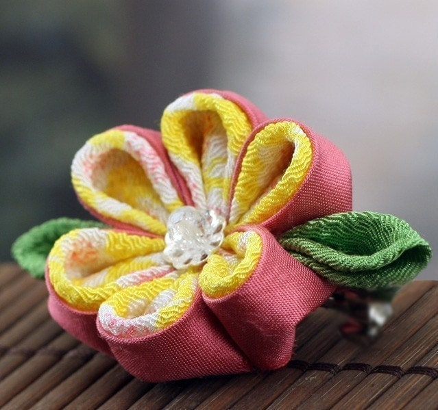 Pink Lemonade - Kanzashi Flower Barrette