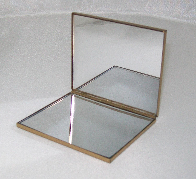 Mirror Compact