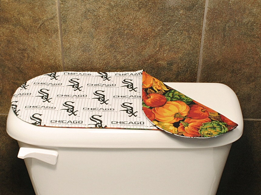 Chicago white sox bathroom accessories baseball by mariascraft for Fall bathroom sets