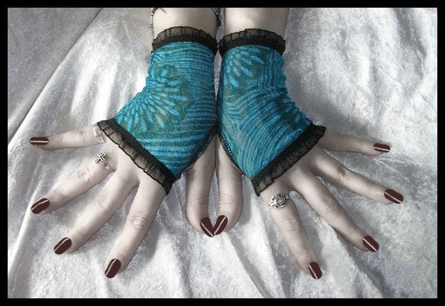 Deep Ocean, Vast Sea Lace Fingerless Gloves Arm Warmers in Cerulean Blue for Gothic, Vampire, Noir, Tribal Fusion, Belly Dance, Steampunk, Lolita, Evening, Victorian, Boho Styles